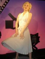 art-madame_tussauds-hong_kong-statue-1