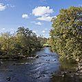 Et au milieu, coule une rivière, l'arroux...