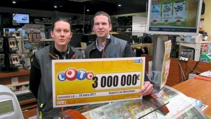comment gagner au lotto chez le maitre marabout AHOLOU
