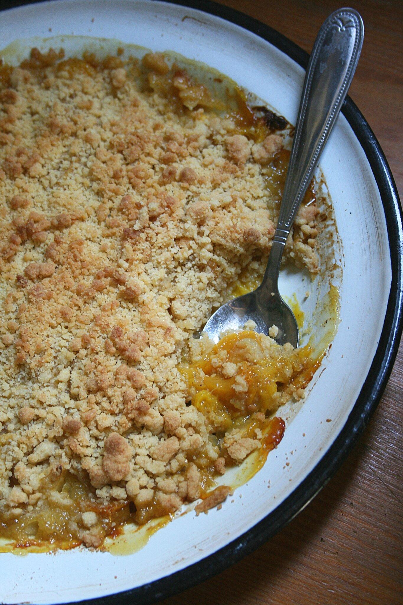 Crumble à la mangue-vanille