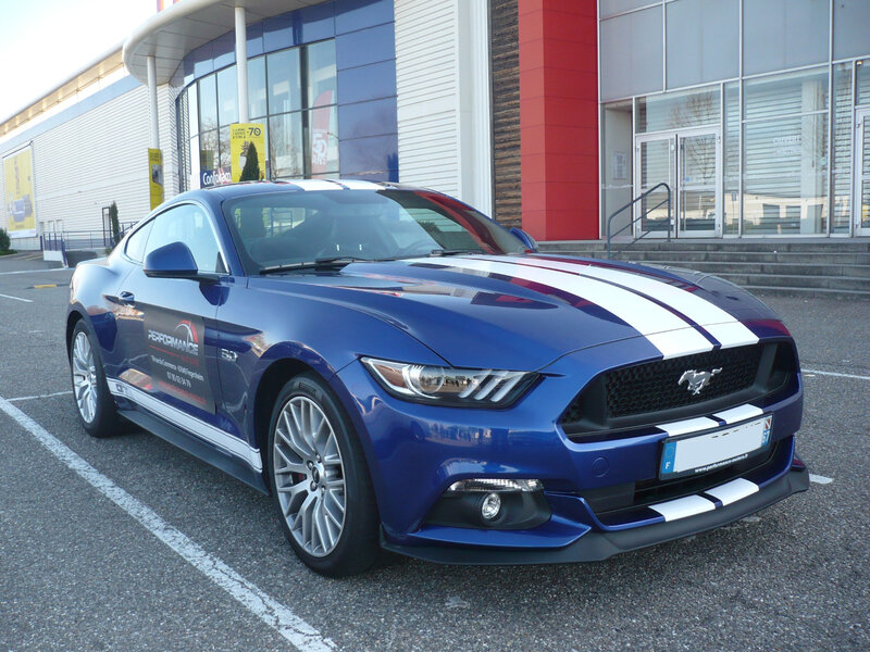 FORD Mustang VI GT 5