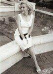 1958_new_york_manhattan_plaza_hotel_010_020_by_sam_shaw_2