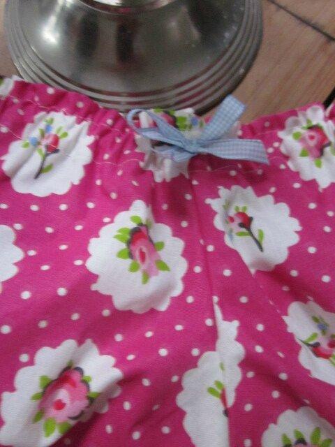 Culotte en coton fushia à médaillon de roses - noeud de vichy ciel (3)
