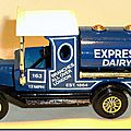 Y-3 Ford Model T Tanker Express Dairy A 4