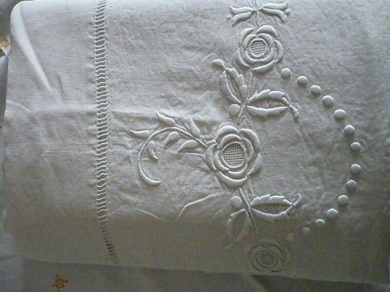 Drap ancien en lin monogramme old recycled linen - Faire des rideaux avec draps anciens ...