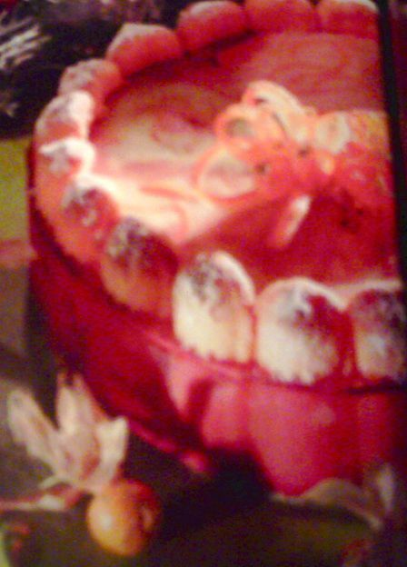 ✩ CHARLOTTE AUX TROIS PARFUMS