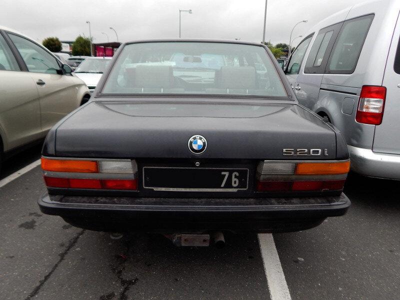 BMW528iE28ar