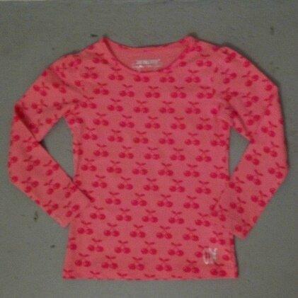 Tee-shirt cerises, 4 ans