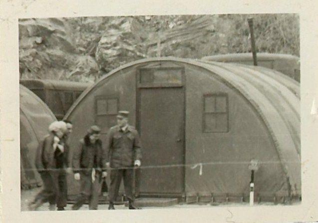 1954-02-17-7th_infantery_division-bonhams_auction-090