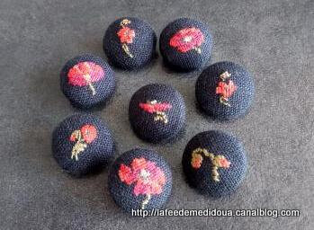 robe-coquelicot-boutons