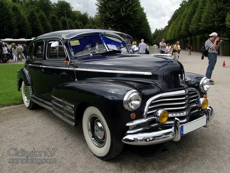 chevrolet-fleetmaster-sport-sedan-1946-01