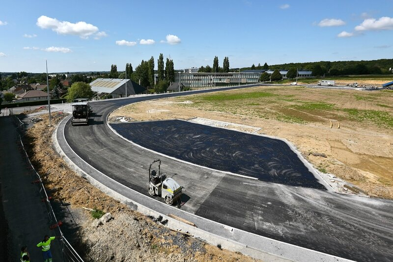 TRAVAUX ETE 2015 STADE CAMBRELING couches bitume