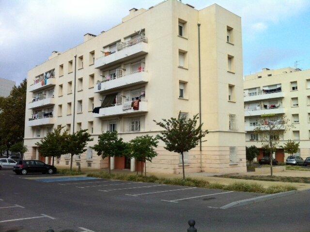 façade 9