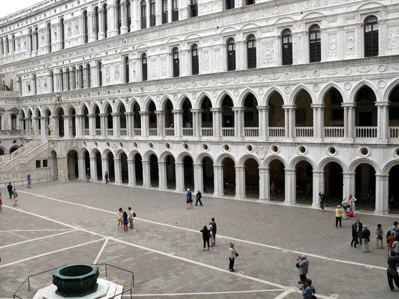 15 09 13 (Venise - Palais des Doges)027