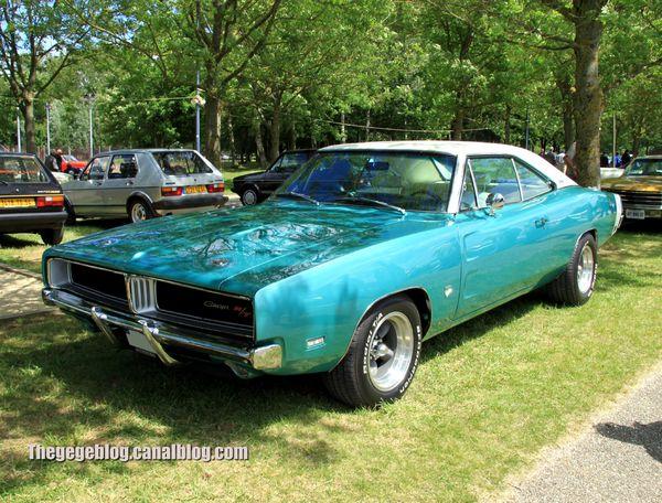 Dodge charger RT hardtop coupé de 1969 (Retro Meus Auto Madine 2012) 01