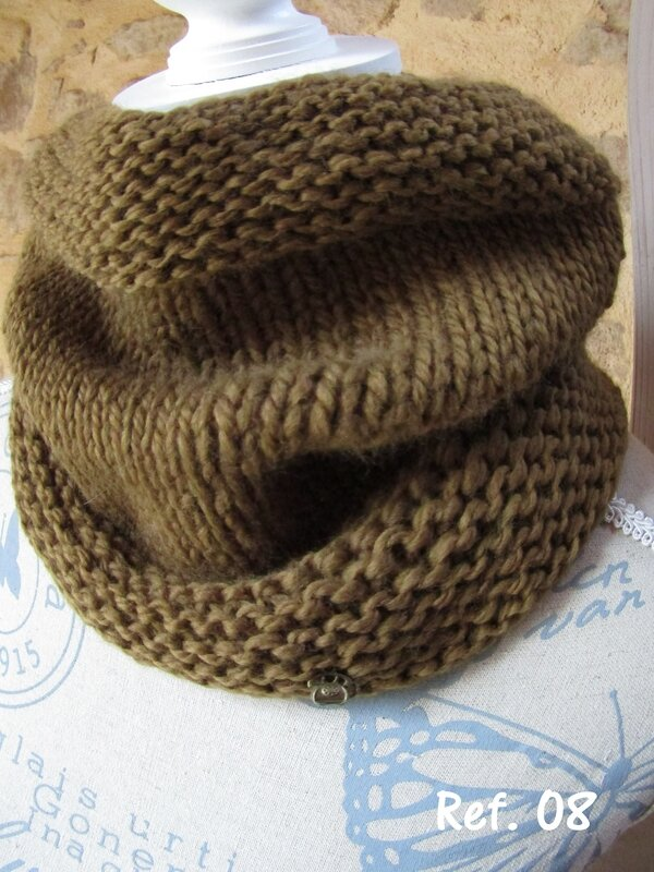 snood kaki