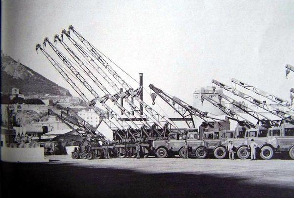 Oran- 098- travail sur les quais