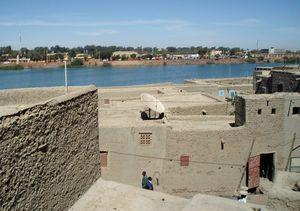 Depuis les toits terrasses Quartier komoguel MOPTI Mali