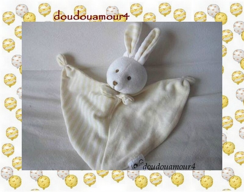 Doudou Lapin Plat Triangle Beige Rayures Gerca