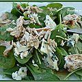 Salade de pousses d'epinards au roquefort et au poulet