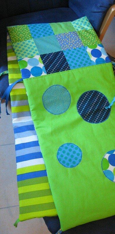 Tuto couture tour de lit patchwork en direct de la fabrique de crevettes - Comment faire un tour de lit pour bebe ...