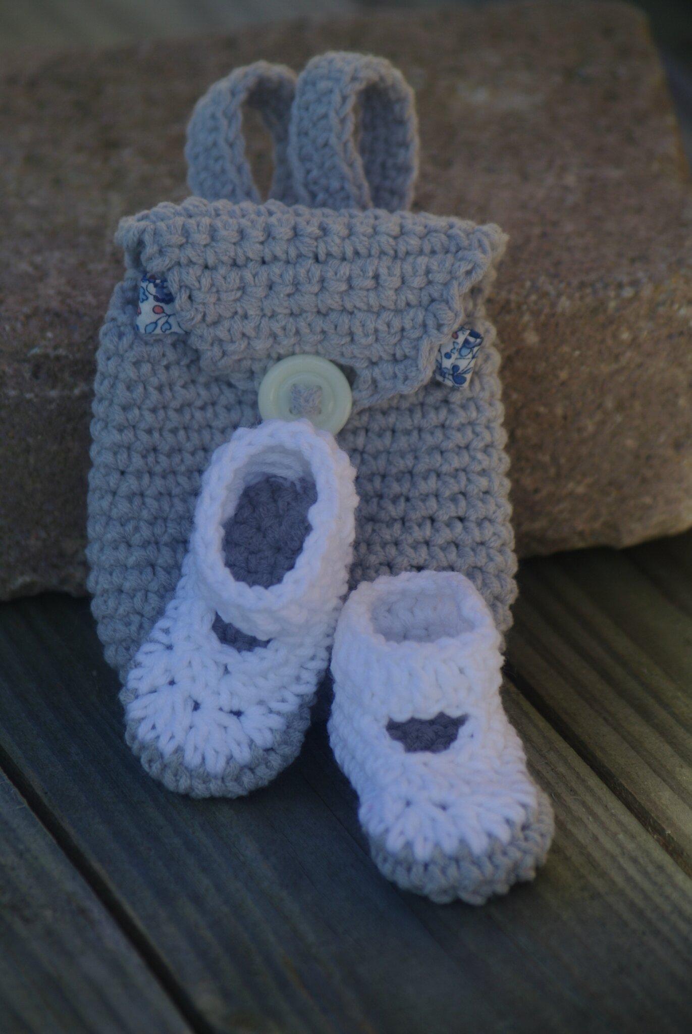 crocheter chaussons de poupée