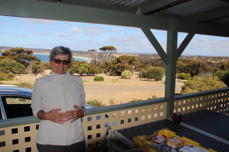 2019-12-02d Emu Bay Holiday Home 4