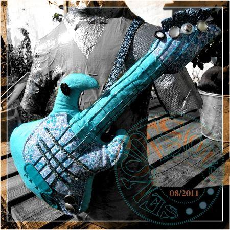 20110820_guitare_Elisa_1