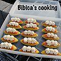 Barquettes curry au saumon fumé et fromage frais {moules barquettes}