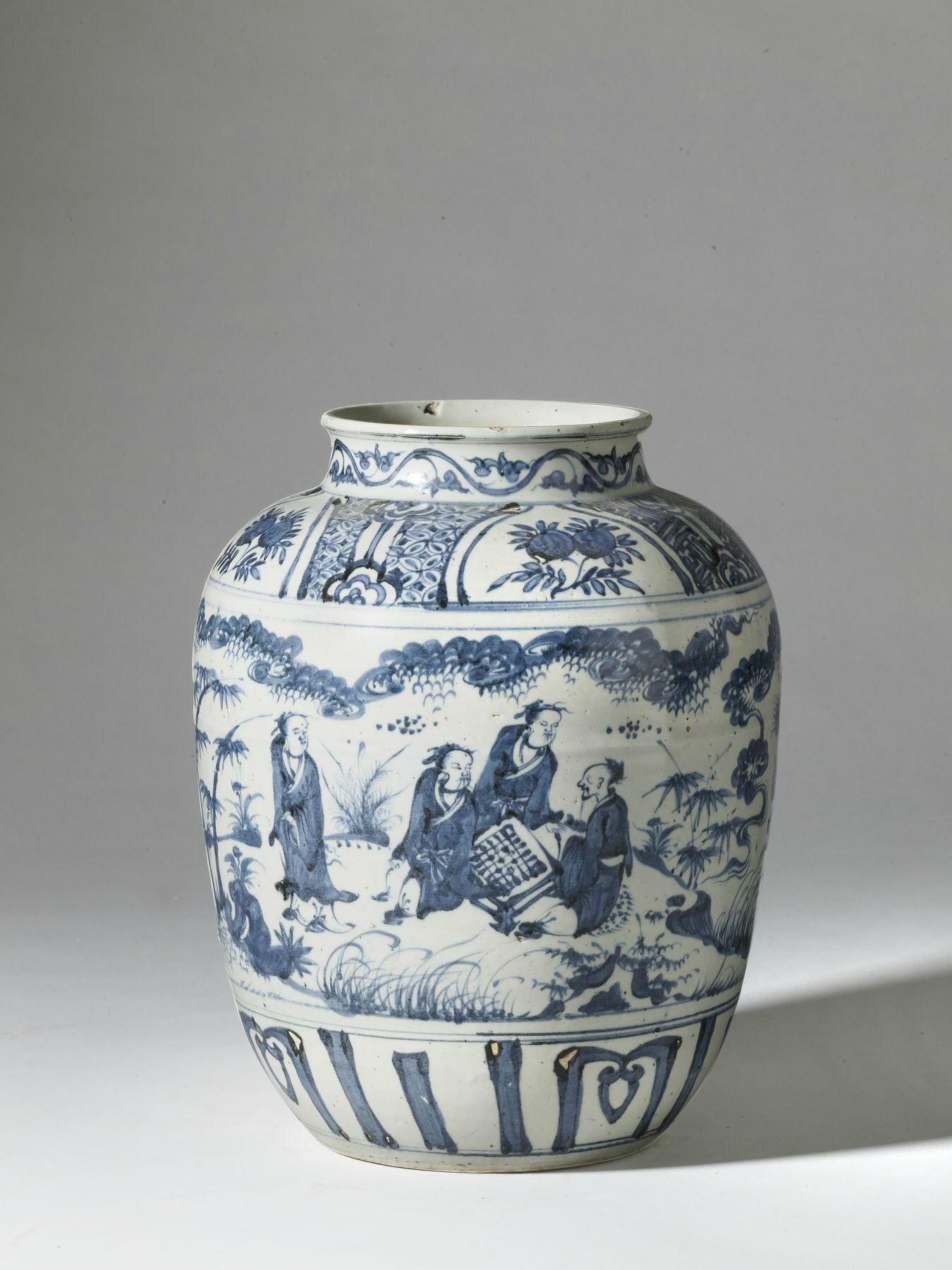 A large blue and white vase, China, Ming dynasty, 16th century