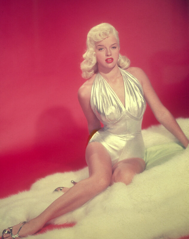 diana_dors-1957-by_wallace_seawell-siting2-04-4a