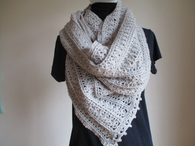 Donut-2-way-shawl