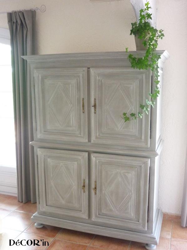 meuble tv avec croix de malte louis xii gris patin blanc