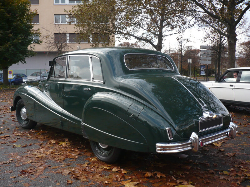 ARMSTRONG SIDDELEY Sapphire 346 Six-Light Strasbourg (2)