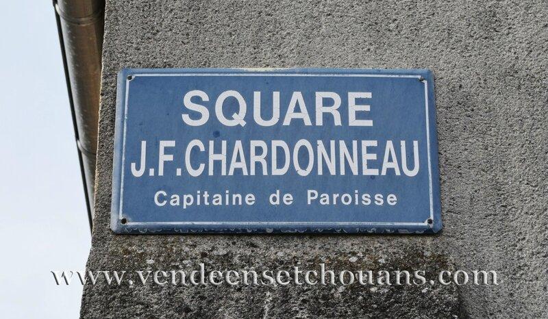 Square Chardonneau