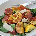 Salade tiède de pêches, courgettes et prosciutto, sans gluten et sans lactose
