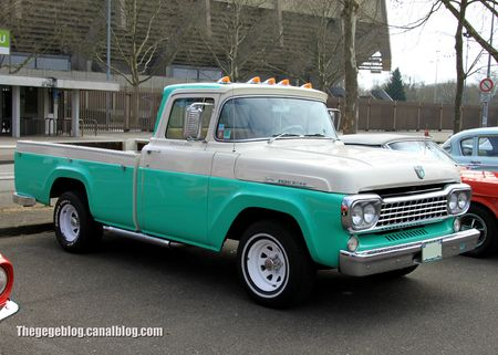 Ford F100 pick-up de 1958 (Retrorencard avril 2013) 01