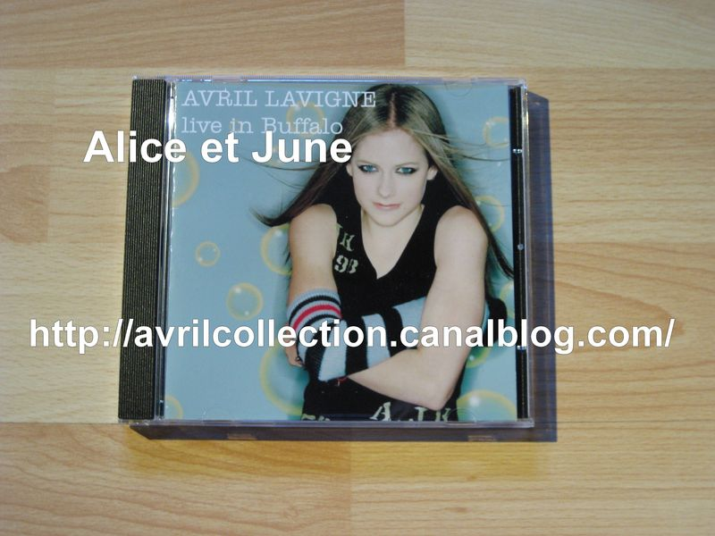CD Avril Lavigne Live in Buffalo (2004)