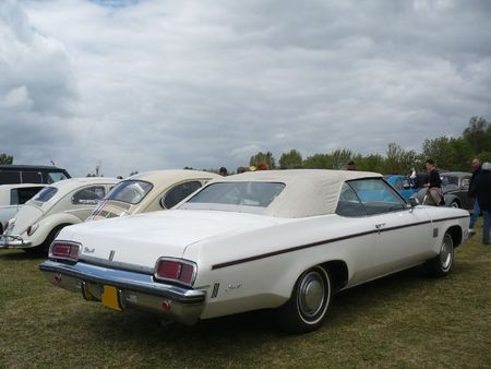 OLDSMOBILE Delta 88 2door convertible Madine (2)