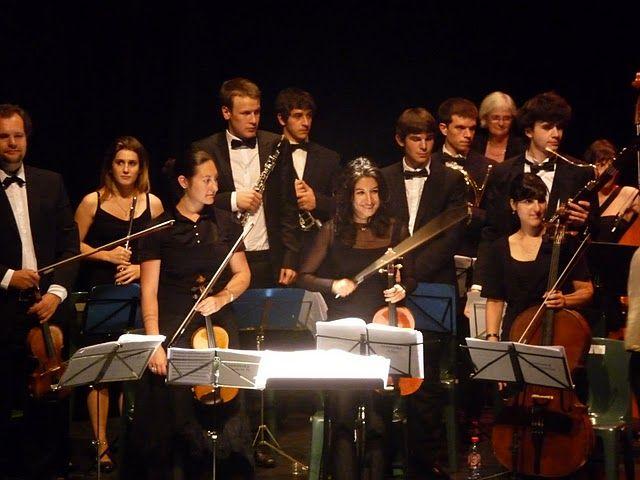 Merci à l'orchestre ...