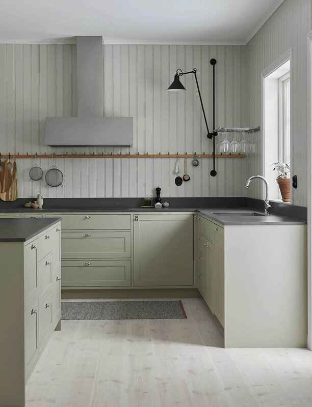 est-living-nordic-style-kitchen-nordiska-kok-grey-shaker-kitchen