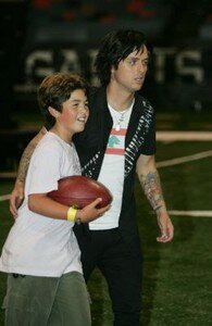normal_191143_2006_09_24___Billie_Joe_and_Sons_during_rehearsals_at_the_Superdome___New_Orleans___21