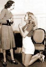 1947-marilyn_with_Helena_Sorell-by_dave_cicero-020-1