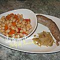 Cocos de paimpol à la saucisse fraîche et à l'oignon rosé de bretagne