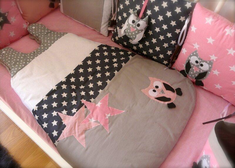 ensemble chouettes et etoiles en rose girly little fish shop. Black Bedroom Furniture Sets. Home Design Ideas