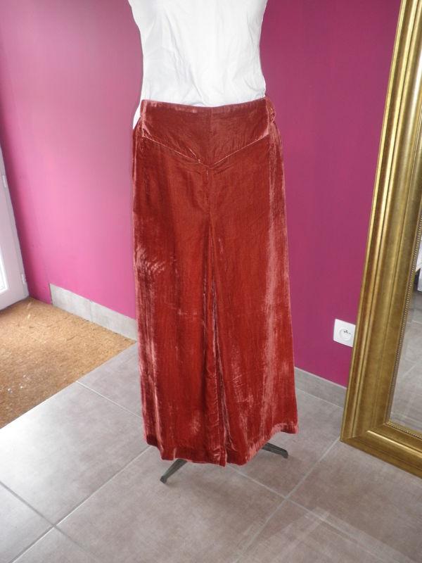 Pantalon chinois, sans couture de côté/ Purplely