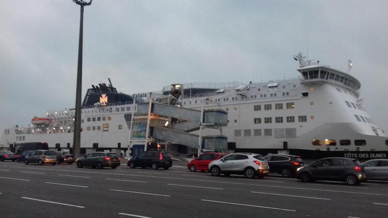 ferry, Calais