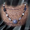 Collier FIMO gris noir blanc perle centrale multi grise (N)