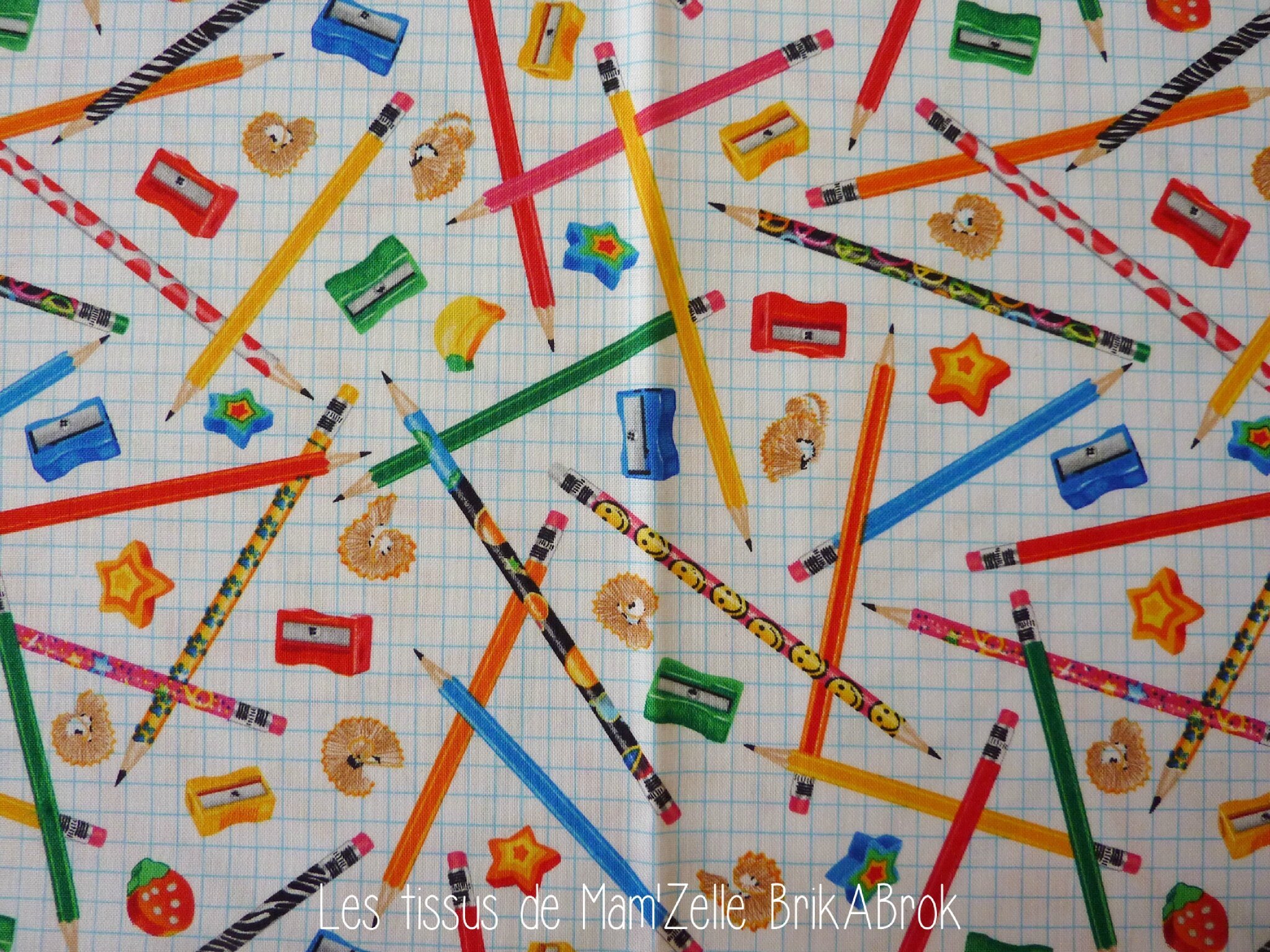 516 - Crayons et tailles-crayons
