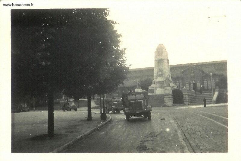 juin 49 convoi allemand devant Viote Daniel Bourguignon phototèque